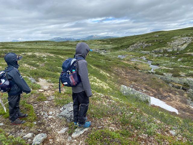 Hvor langt kan små børn egentlig vandre?